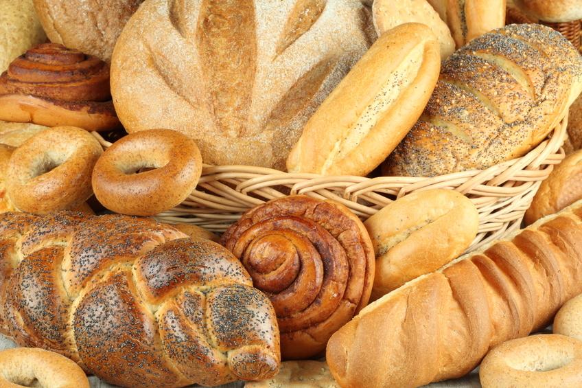 Al tostar el pan lo que hacemos es secarlo, que pierda el agua