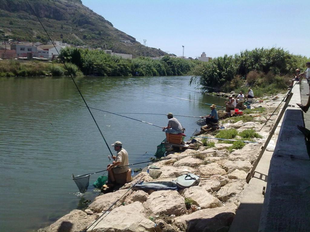 La pesca es típica en la desembocadura del Júcar