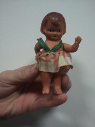 Imagen de la considerada como primera muñeca de Onil