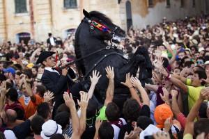 Caballos en las fiestas de Ciutadella