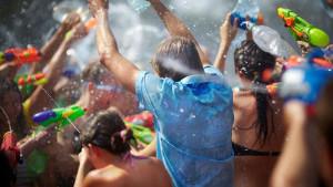 Fiesta del agua en Lanjarón