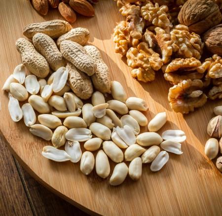 Las propiedades de cada uno de los frutos secos